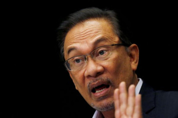 Anwar: Working with Mahathir was crucial to topple BN