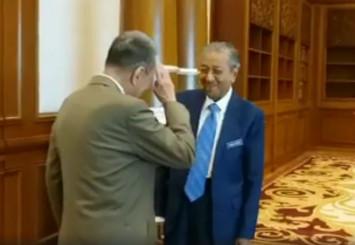 Malaysian billionaire Robert Kuok salutes Dr Mahathir: You saved the country