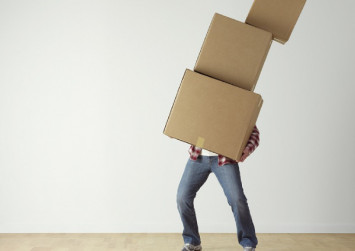 Moving houses: Should you DIY or hire a moving company?