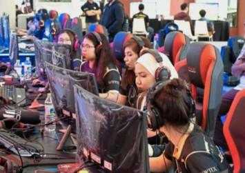 Girl gamers: Through female eyes