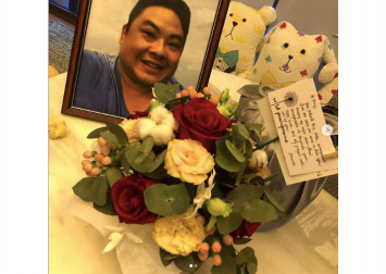 Tissue, please: Tracy Lee just received a Valentine's Day bouquet from late hubby Ben Goi