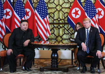 Fags and food: 5 things we learned from the Hanoi summit
