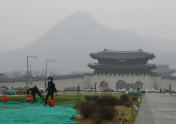 Record fine dust chokes South Korea