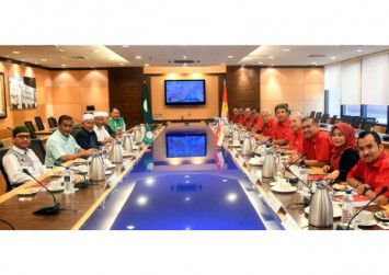 'We are now officially married': Umno and PAS announce formal collaboration