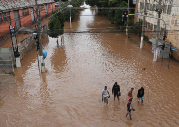 11 dead as Brazil's largest city flooded