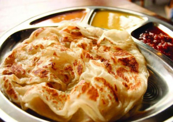 Trio slashed cook after being refused free prata