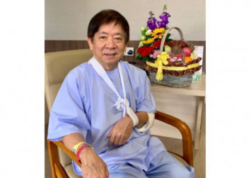 Khaw Boon Wan 'fully prepared' for surgery on fractured arm, says recovery can take several weeks