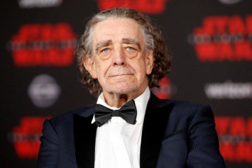 Actor Peter Mayhew, Chewbacca in 'Star Wars' saga, dead at 74