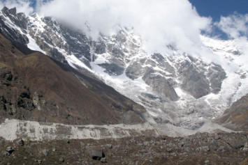 Two-thirds of Himalayan glaciers could melt, study warns