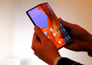 Huawei announces folding 5G smartphone that costs $3,500