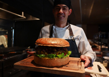 Reiwa burger: Tokyo chef whips up $1,200 monster for new emperor Naruhito