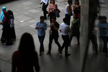 Abusive work schedules in China's tech industry under fire