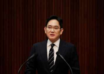 Samsung heir says he will not hand over management rights to children