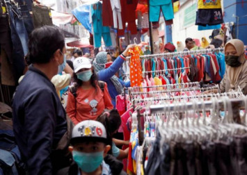 Indonesia reports 973 new coronavirus cases, biggest daily jump