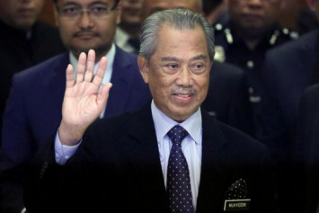 Malaysian PM delays confidence vote, says coronavirus battle takes priority