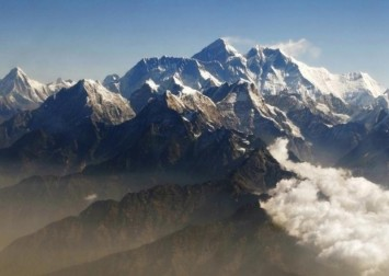 China cancels Everest spring climbing over Covid-19 worries