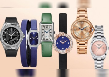 These iconic watches come with interchangeable straps