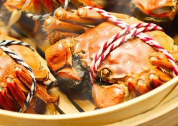 The secrets behind autumnal delicacy hairy crabs