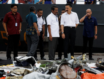 Lion Air founder Rusdi Kirana apologizes to families of JT610 crash victims