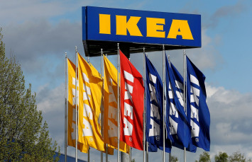 Ikea plans 7,500 worldwide job cuts in e-commerce push