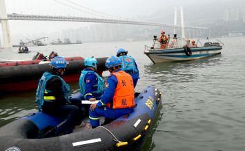 Yangtze bus plunge: 'I wish I could have saved him'