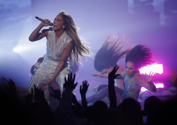 Jennifer Lopez plagued by self-doubt early in her career