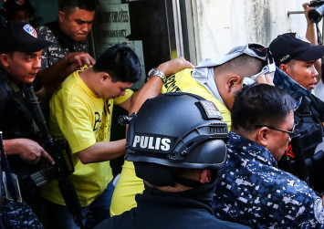 Philippine court jails 3 police officers for drugs war murder