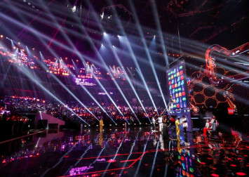 China consumers spend $13.6 billion in 30 minutes in Alibaba's Singles' Day