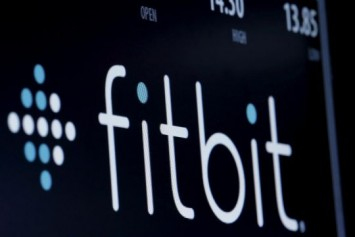 Google takes on wearables giants with US$2.1b Fitbit deal