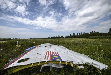 Malaysia says MH17 suspects to face charges could be known by year-end