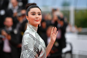 China punishes taxmen who investigated superstar Fan Bingbing