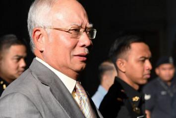 Najib: I am not a thief, robber or villain