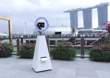 Selfiebot, the 'world's first robot photographer', now available for hire in Singapore