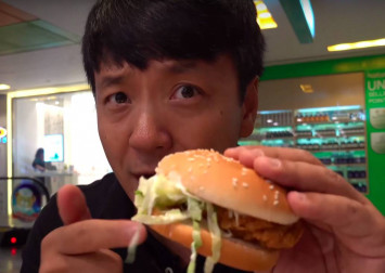 US YouTuber raves about Singapore's McSpicy, calls it the burger to end all #ChickenSandwichWars