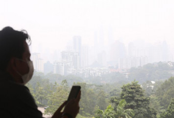 Air pollution might be causing you to lose hair