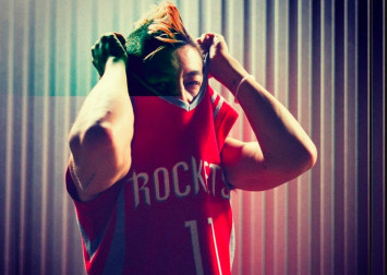 Edison Chen slammed for wearing Houston Rockets jersey