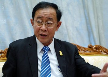 Thai King approves new finance minister to tackle economy amid pandemic
