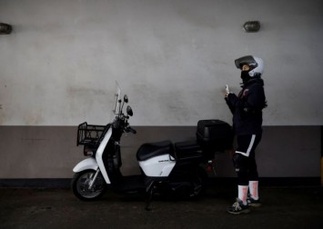14 South Korean delivery workers die because of pandemic overwork: Union
