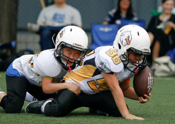 Boys who play football early may face higher risk of behavioural, mood problems