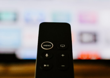 Apple may steal Netflix streaming crown, but only for a year