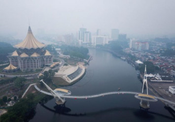 Malaysia to commence cloud-seeding to combat haze, Indonesian denies fires in Sumatra are the cause