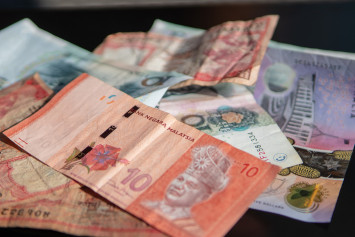 Malaysian businesswoman duped by duo and $527,200 poorer