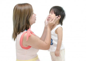 10 signs that you're too hard on your child