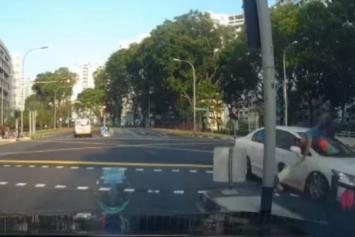 Man hit by car in Bukit Batok, girl heard wailing in accident footage