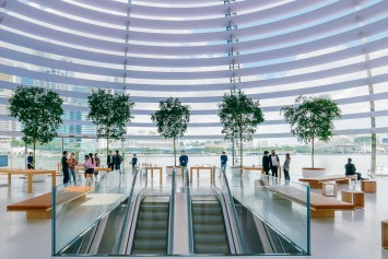 Apple Marina Bay opens on Sept 10 — here's what it's like inside the world's first floating Apple Store