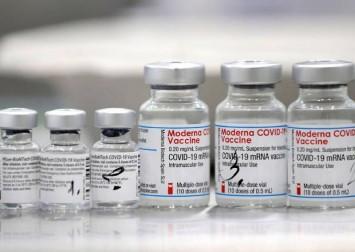 Vietnam to mix Moderna and Pfizer-BioNTech Covid-19 vaccines: Media