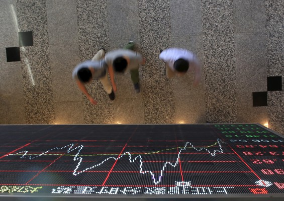 China market plunge sparks sell-off across Asia
