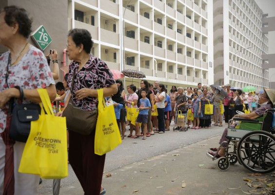 Former residents bid farewell to Commonwealth Drive estate