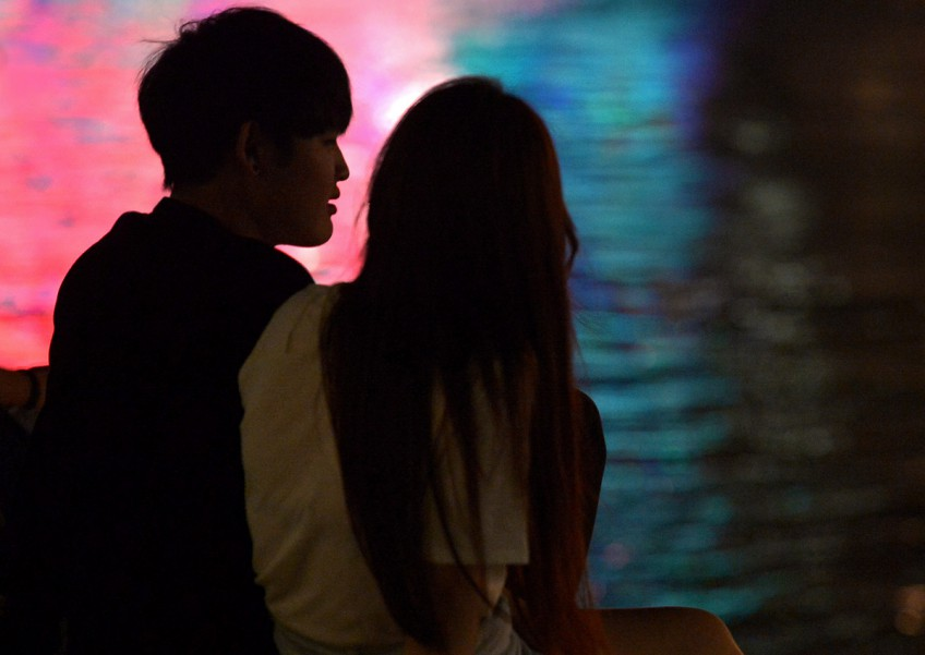 9 S'porean women share their experiences of asking a guy out