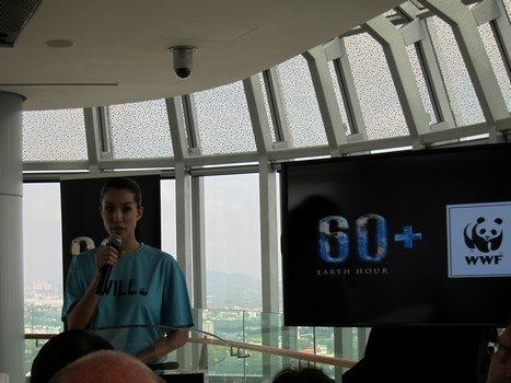Earth Hour Singapore Pictures on Wwf Singapore S Official Earth Hour Ambassador Nadya Hutagalung
